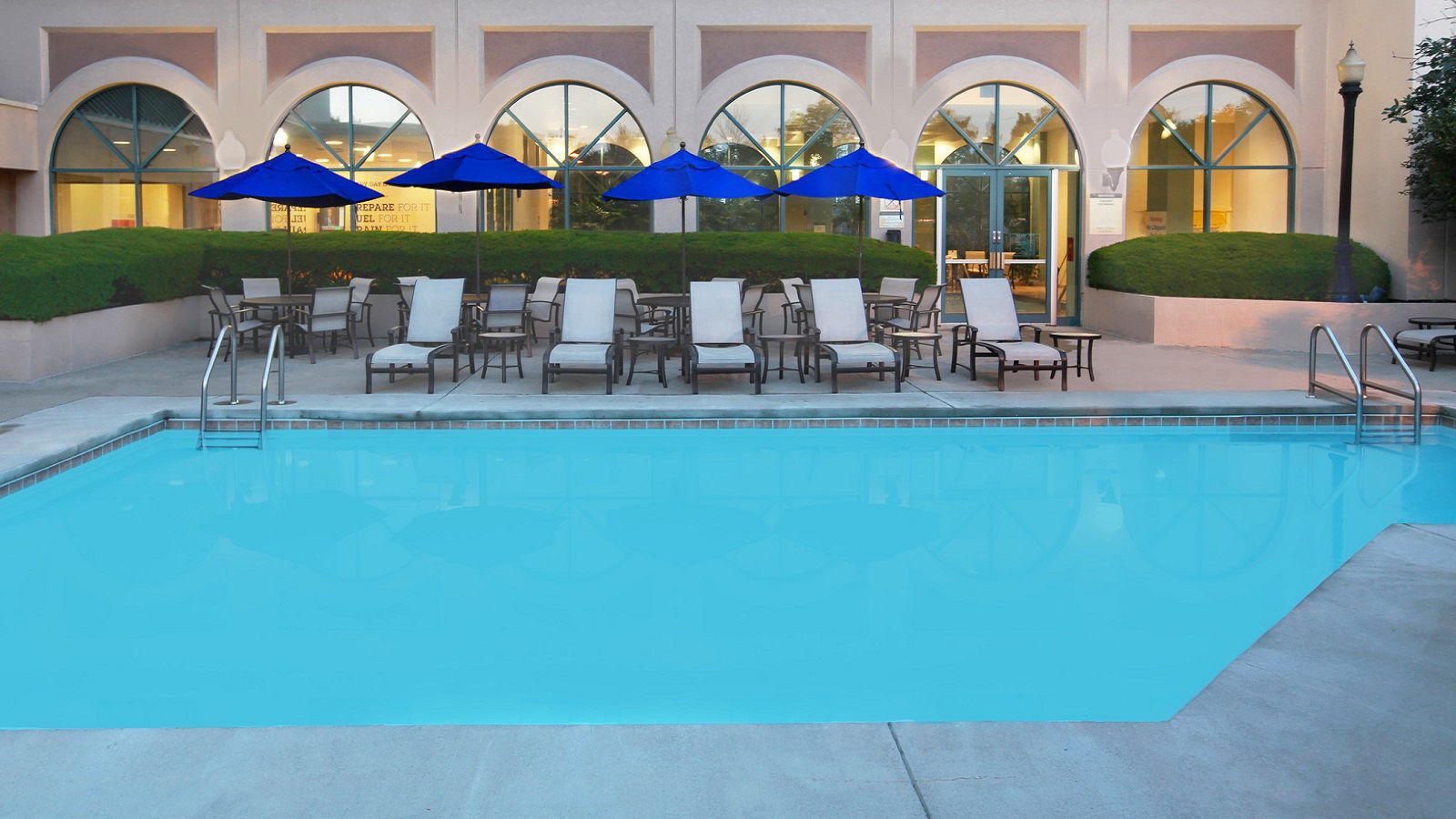 Hotel Features Pool